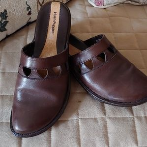 Hush Puppies Brown size 6.5 Mules